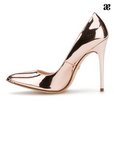 Amor a primera vista #love #shoes #higheeles #metalicos