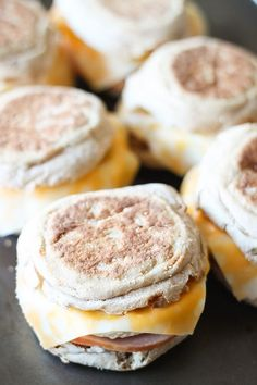Healthy Freezer Breakfast Sandwiches - Just 259 calories per sandwich and packed with protein and multi-grain goodness.