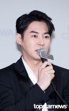 Shinhwa datovania Spica datovania muža, ktorý zarába menej peňazí