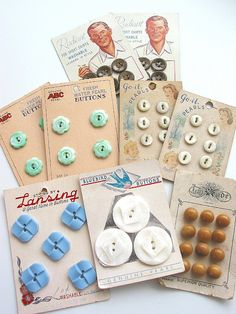 Vintage Button Cards by Niesz Vintage Fabric, via Flickr