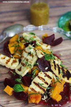 Beetroot Pumpkin Haloumi Salad Beets and Pumpkin Salad with Grilled haloumi Source by SkinRenewalSA Vegetable Recipes, Vegetarian Recipes, Cooking Recipes, Healthy Recipes, Halloumi, Ella Vegan, Pumpkin Salad, Pumpkin And Beetroot Salad, Snacks