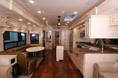 Continental Coach   Custom Luxury 5th Wheels and Travel Trailers