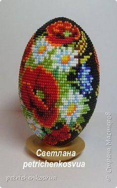 Поделка изделие 8 марта День рождения Пасха Бисероплетение Яйцо сувенирное Жостовские мотивы Бисер Дерево фото 3