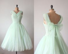 1950s mint green cocktail length dress - flared skirt