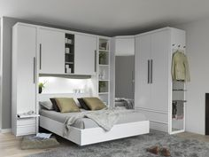 Modern bedroom furniture is still a favorable trend for the youth, especially for those who live in the apartment or in the minimalist house. Bedroom Closet Design, Home Room Design, Home Decor Bedroom, Bed Design, Bedroom Designs, Modern Bedroom Furniture Sets, Contemporary Bedroom, Bedroom Sets, Queen Bedroom