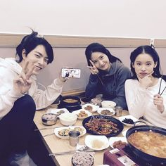 SNSD YoonA snap photos with Hong JongHyun and Park HwanHee ~ Wonderful Generation ~ All About SNSD, Wonder Girls, and f(x)