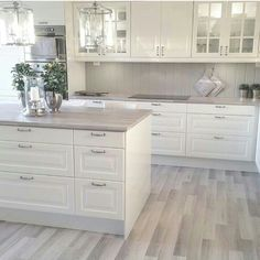45 Fabulous Luxury White Kitchen Design Ideas For Dream Homes - More often than not, you would choose a white kitchen renovation if you are a person who yearns for spotless and sleek design for your home space. Home Decor Kitchen, New Kitchen, Home Kitchens, Kitchen Ideas, Awesome Kitchen, White Kitchens Ideas, Crisp Kitchen, Kitchen Size, Kitchen Designs
