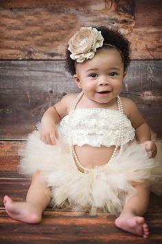 <3 Cute baby in white tutu