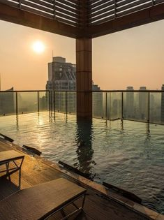 Pogled od milion dolara: 10 najboljih novih hotela sa terasom na krovu Marina Bay Sands, Building, Outdoor Decor, Travel, Home Decor, Viajes, Decoration Home, Room Decor