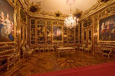 The ancient lacquer Room in Schönbrunn was used by Emperor Franz Stephan as his study. Following his sudden death in 1765, Maria Theresa had it remodelled as a memorial room. Black lacquer panels from Peking were set into walnut panelling and embellished with gilt frames. The empress also commissioned several portraits for this room which still hang here. The posthumous portrait of her husband was completed in 1769, four years after the death of the emperor. photo ©Alexander Eugen Koller