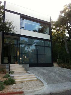 BEDS 3 BATHS 3.5 SF 4400 BUILT 2012    JAIR GONZALEZ, DESIGNER