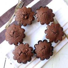 Dark Chocolate and Hazelnut Cakes