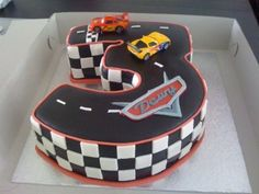 Cars cake...❤ this!!