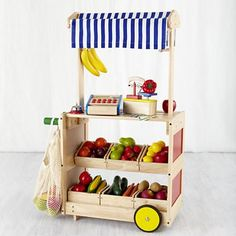 Kids' Imaginary Play: Kids Play Market in Kitchen & Grocery