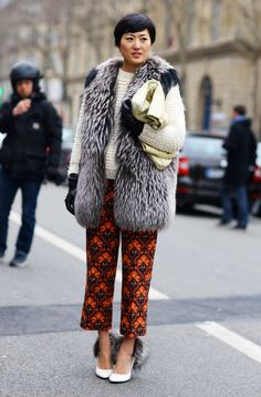 Shizue, Vogue Japan in those Miu Miu trousers and a touch of fur. Lotsa shakin' going on. I don't care; I love it. #Philoh