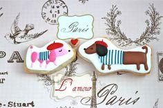 L'amour decorated cookies - Paris themed bridal shower favor idea
