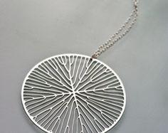 Colgante peltada (acero inoxidable) / / geométrica joyas / / arte - ciencia - naturaleza / / minimalista