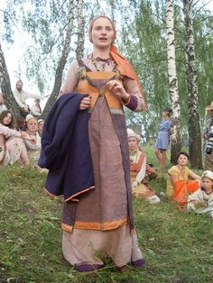 Pskov apron-dress, same lady (Antalika) as in earlier pin on this board
