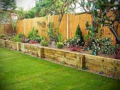 Nice 45 Budget-Friendly Yard Design Landscaping Ideas https://cooarchitecture.com/2017/05/01/budget-friendly-yard-design-landscaping-ideas/