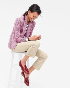 Crew Fall 2016 Style Guide - Katie Considers - Winter Outfits for Work J Crew Outfits, Preppy Mode, Preppy Style, My Style, Fond Studio Photo, J Crew Style, Winter Outfits For Work, Bermuda, Autumn Winter Fashion