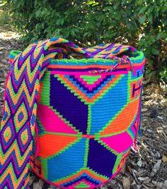 Brand New Stock on Mobolso.com #handmade #oneofakind #wayuu #mochila #handbag…