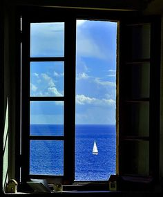 Super Ideas For Open Door Photography Window View Looking Out The Window, Through The Looking Glass, Window View, Open Window, Beautiful World, Beautiful Places, Through The Window, Belle Photo, Windows And Doors