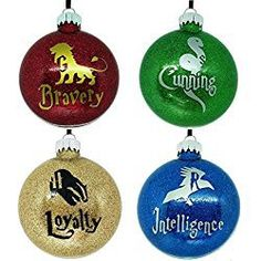 HarryPotter Poudlard Houses Ornement Set Gryffindor, Hufflepuff, Ravenclaw – Slytherin- Livraison gratuite – T-Shirts & Sweaters Harry Potter Christmas Ornaments, Hogwarts Christmas, Disney Ornaments, House Ornaments, Diy Christmas Ornaments, Christmas Bulbs, Xmas Baubles, Ornaments Ideas, Christmas Ideas