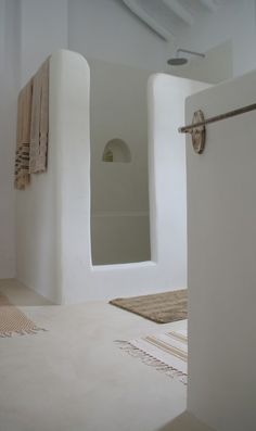 Barefoot Styling bathroom  www.barefootstyling.com