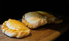 Bolivian Llauchas (cheesy Empanadas with a chilli kick!)