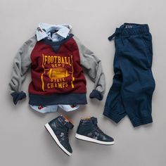 Boys' fashion | Kids' clothes | Back-to-school outfit | First day of school outfit | Graphic sweatshirt | Button down top | Joggers | Hi-top sneakers | The Children's Place