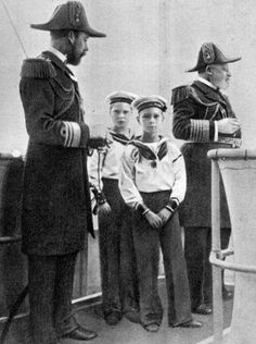 """""""An amazing photo to have all Four British kings .  From left to right: Prince George (later George V), Prince Edward (later Edward VIII), Prince Albert (later George VI) and King Edward VII."""" Wiki @RoyalPhotos #History"""