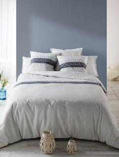 13f2086fd90 Juego de cama doble estampado con motivos de  flores . KIABI