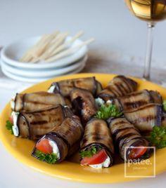 Рулетики из баклажана с фетой и помидором
