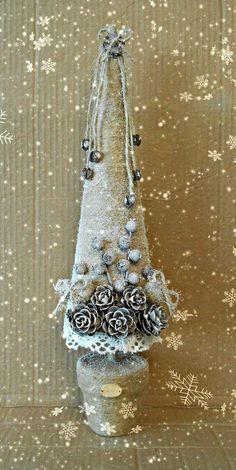 Handmade Christmas Decorations, Christmas Ornaments To Make, Christmas Makes, Noel Christmas, Rustic Christmas, Xmas Decorations, Winter Christmas, Vintage Christmas, Christmas Wreaths