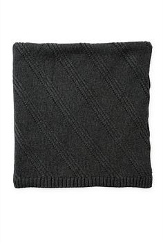 Arta Knit Throw
