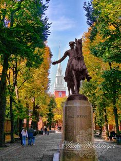 Old North Church and Paul Revere Statue by Jeanette Runyon, via Flickr
