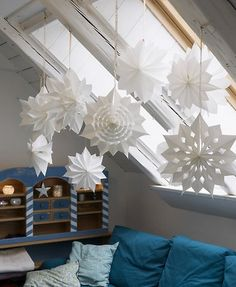 Paper stars made from sandwich bags
