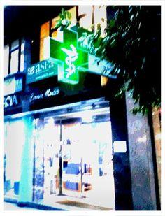 #Farmacia Carmen Montes en calle Alfredo Truhan, 6 en #Gijón #Asturias #farmagram #farmasquare #farmaciasasturias #farmaciasGIJON
