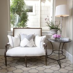 Suzie: Dodson And Daughter Interior Design - Amazing Modern French Foyer Design With Tan Walls .chair and rug! Foyer Design, Sofa Design, Luxury Interior Design, Interior Exterior, Interior Decorating, Color Interior, French Interior, Decorating Ideas, Living Room Decor