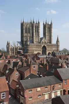 Lincoln Cathedral (Credit: University of Lincoln)Building started on the Cathedral in 1088