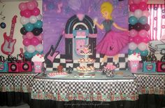 Party-Tales: ~ Birthday Party ~ Diner Sock Hop Party Part 1 1950s Theme Party, 50s Theme Parties, Diner Party, 60s Party, Party Themes, Party Ideas, Party Party, Theme Ideas, 75th Birthday