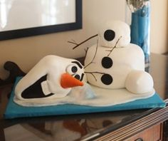 This is an Olaf cake that I made for my daughter's Frozen themed birthday party.  For other Frozen party ideas check out my blog: http://www.heatherholme.com/wordpress/frozen-party Frozen Cake, Frozen Olaf Cake