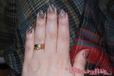 Chameleon nails