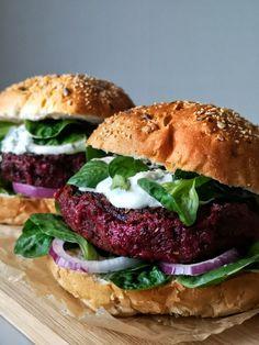 Seizoensgroente in april - Foxilicious Seizoensgroente Veggie Recipes, Vegetarian Recipes, Healthy Recipes, Healthy Food, Food Design, Veggie Dinner, Food For Thought, Us Foods, Bbq