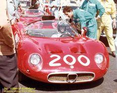 Il mio personale omaggio a Nino Todaro , l'anno è il 1967 , il compianto Todaro era in forza all'Alfa Romeo che con la 33 iniziava il suo tentativo dell'assoluto in Targa , la n.200 era divisa con il compagno Geki Russo .