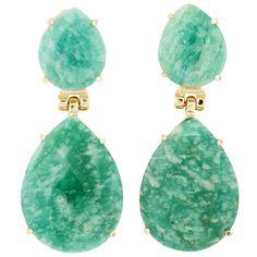 Brinco semi joia com banho de ouro 18k e quartzo. Disponível nas pedras   quartzo branco, azul, rosa ou rutilado e também em sodalita ou amazonita. 15baa55449