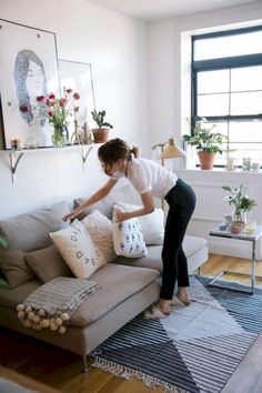 75 Studio Apartment Decorating Ideas on A Budget