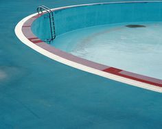 Architecture we like / Swiming Pool / Red Border / Empty / Photograph / at i am a dreamer