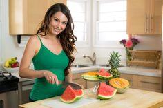 Frutas para eliminar toxinas ¡Y perder peso!  #alimentaciónsaludable #Consumodefrutas #dieta #frutas #limon #Melón #minerales #Piña #Plandealimentación #sandia #vitaminas https://us.emedemujer.com/bienestar/salud-lifestyle/frutas-para-eliminar-toxinas-y-perder-peso/