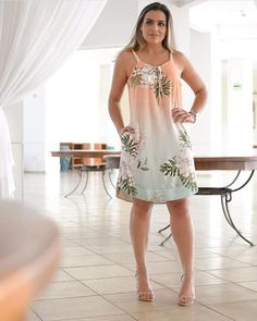 Looks belíssimo disponível na Image may contain: 1 person, standing and indoor Simple Dresses, Sexy Dresses, Cute Dresses, Casual Dresses, Short Dresses, Fashion Dresses, Evening Outfits, Evening Dresses, Summer Dresses